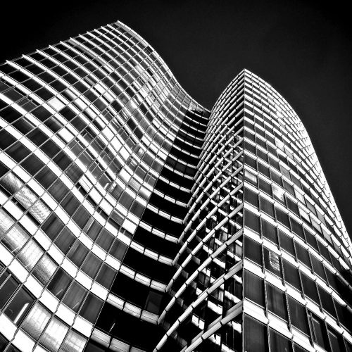 architecture-2083687_1920-blackwhite