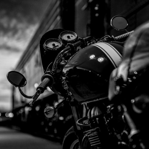 motorcycle-2186589_1920-blackwhite